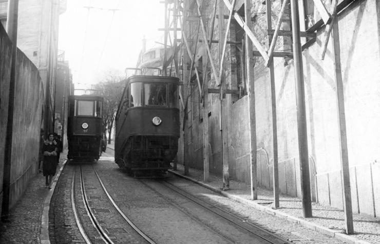 1930 - Ascensor Gloria (1)